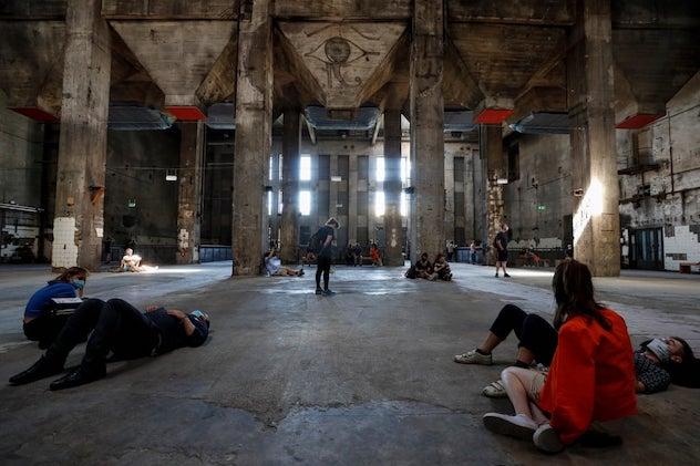 El club de música electronica Berghain se ha convertido en una galería de arte