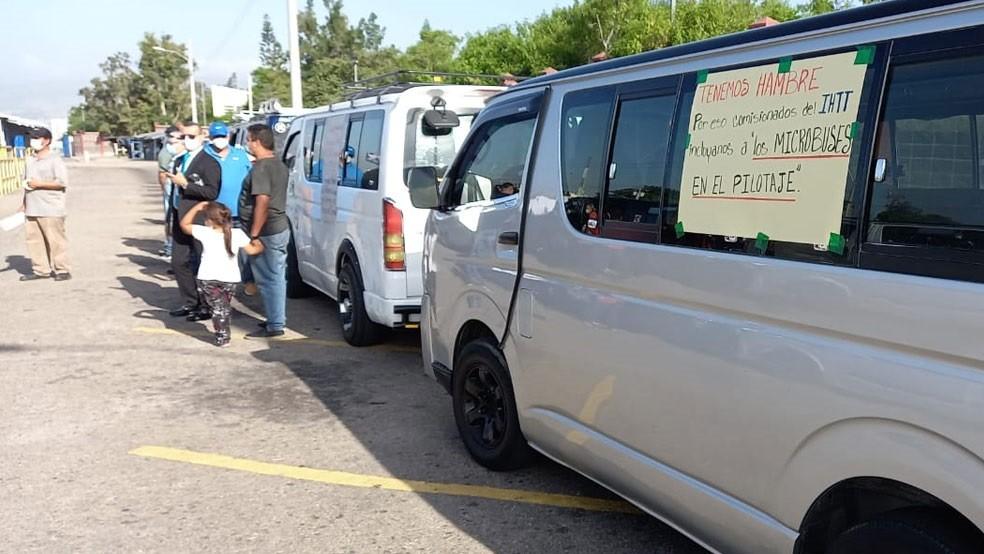 «Brujitos» continúan a la espera que se les legalice, sino amenazan ir a las calles