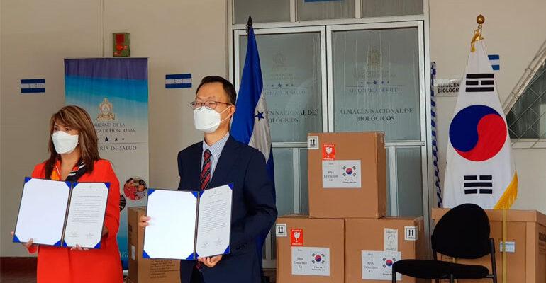 Corea donó tres máquinas de extracción para hacer pruebas de COVID-19