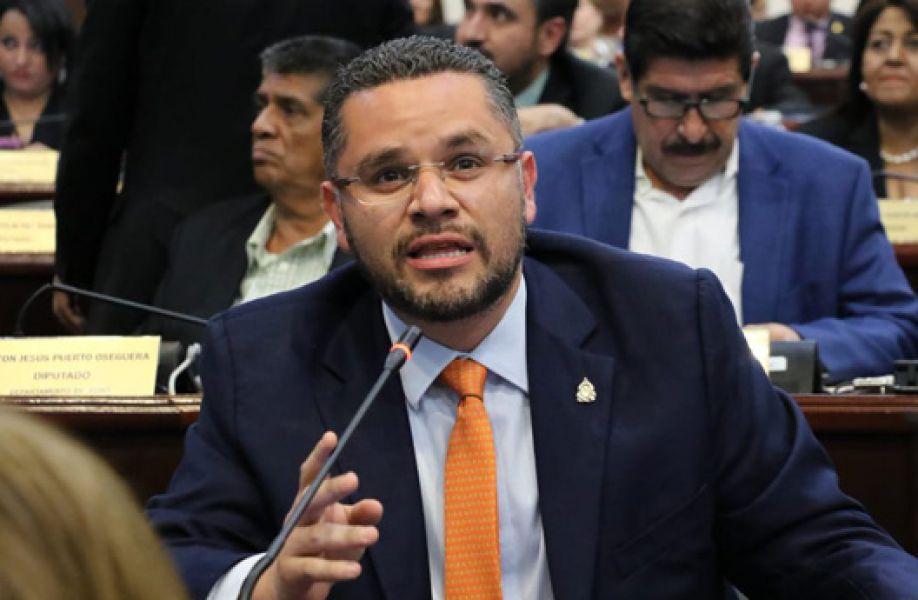 David Chávez : «La  nueva ley  no debe ser aprobada a mata caballos, ni por caprichos de LIBRE».