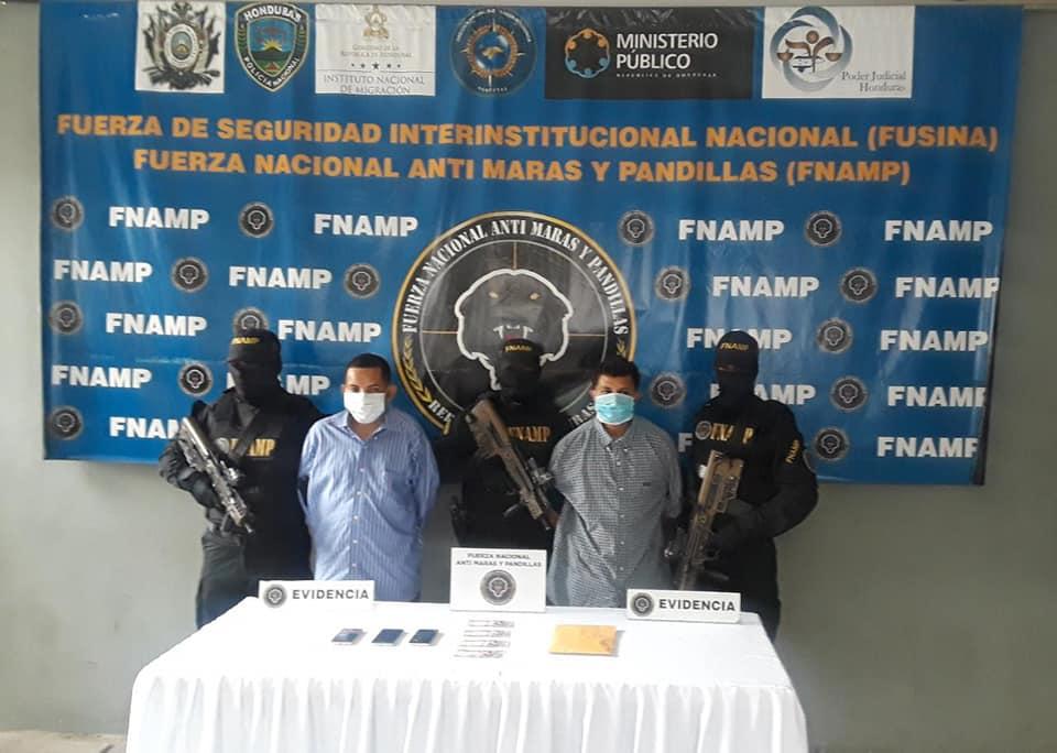 Capturan a dos extorsionadores en Santa Cruz de Yojoa