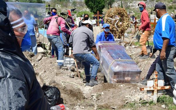 México sobrepasa los 600.000 casos confirmados de covid-19 y acumula 65.241 decesos