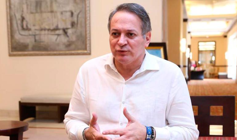 José Luis Moncada Renuncia a precandidatura presidencial por el Partido Liberal