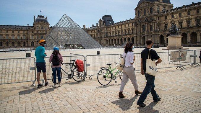 Francia reduce a siete días la cuarentena para casos positivos de Covid-19