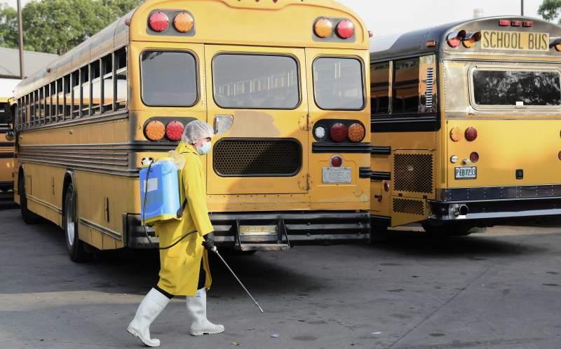 Adecabah: Se deben respetar medidas de bioseguridad en buses y taxis