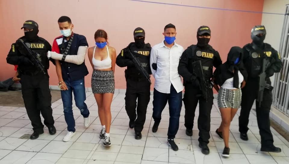 Capturan a cuatro supuestos integrantes de la pandilla 18 en la capital