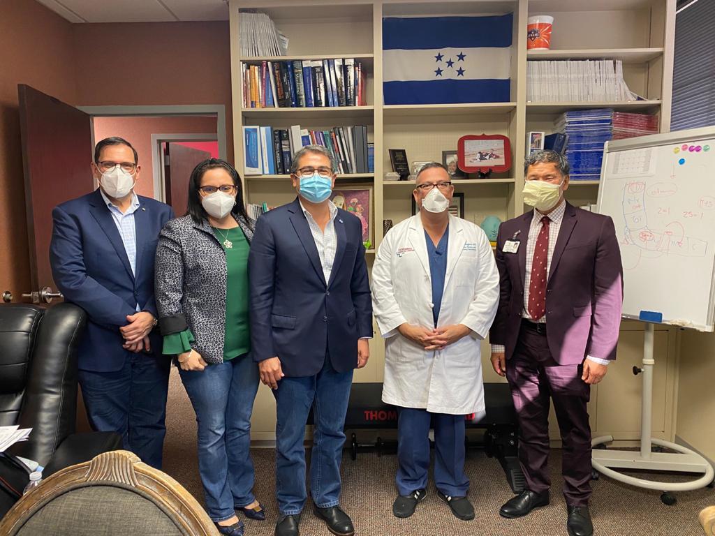 Mandatario hondureño se reúne con autoridades científicas en el tema Covid-19