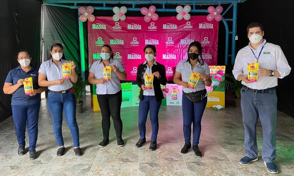 """Mazola realiza el lanzamiento de la campaña """"Un lazo que nos une"""" en apoyo a la lucha contra el Cáncer"""