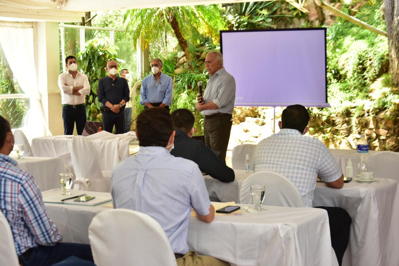 Mauricio Oliva asegura que ganará las próximas elecciones