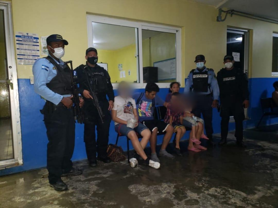 Policía encuentra a menores de edad extraviados en Atlántida
