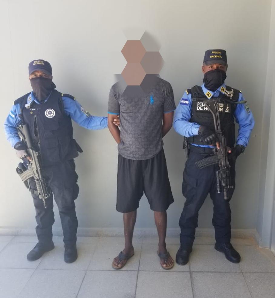 Exmilitar solicitado judicialmente por tres delitos es capturado en Gracias a Dios