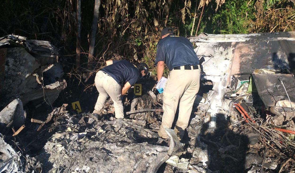 Informa la ATIC:  Dos cuerpos calcinados y droga encuentran en narcoavioneta accidentada