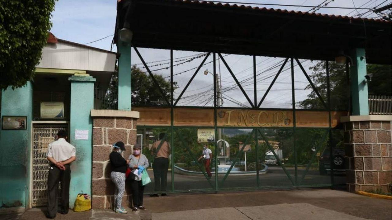 En un 50% registra  el  ingreso de pacientes Covid-19 el Hospital «El Tórax.