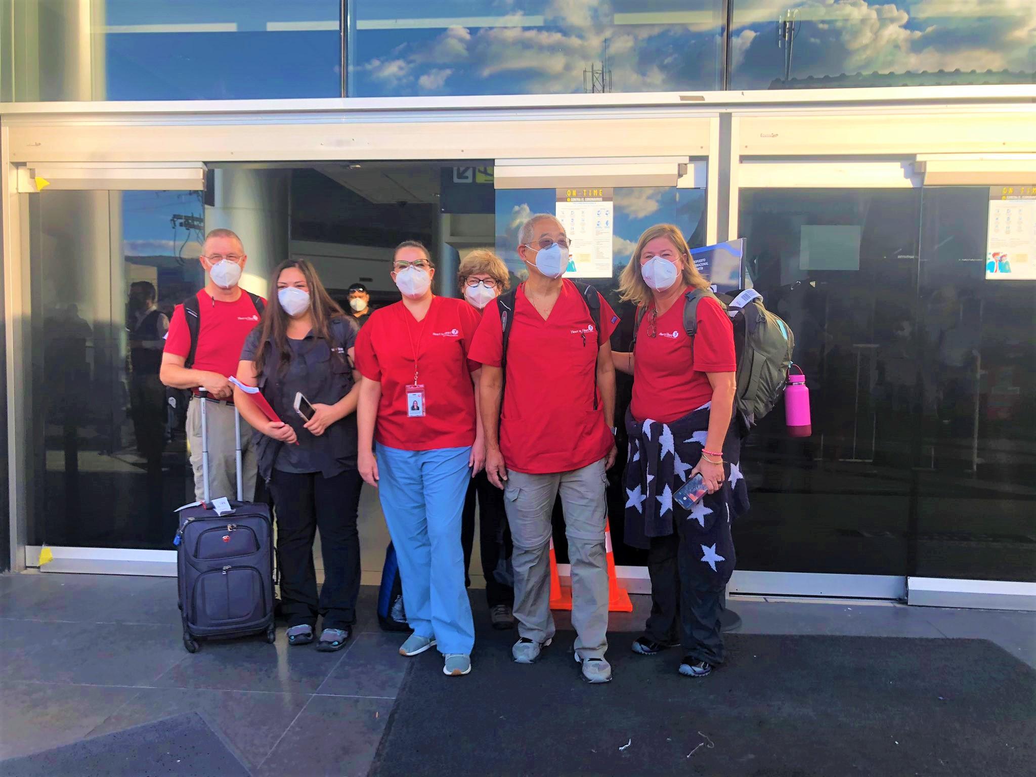 Médicos estadounidenses llegan a Honduras para atender a damnificados por Iota