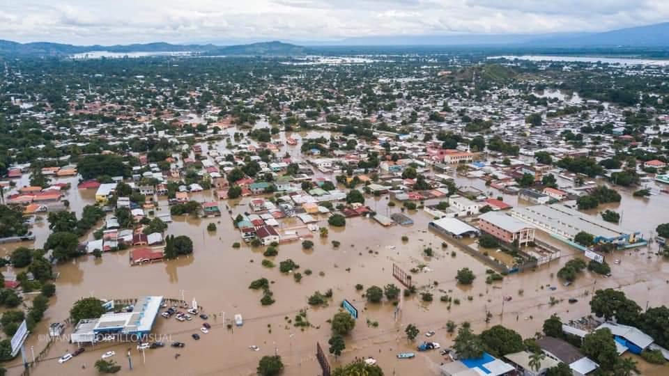 Varios sectores de la zona norte continúan bajo el agua y se esperan 24 horas más de lluvias