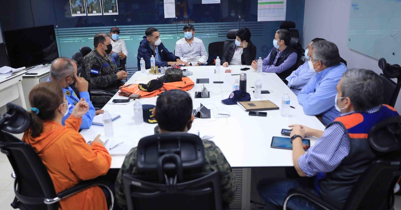 Gobierno llama a empresas para que presten servicios de limpieza y fumigación en el Valle de Sula
