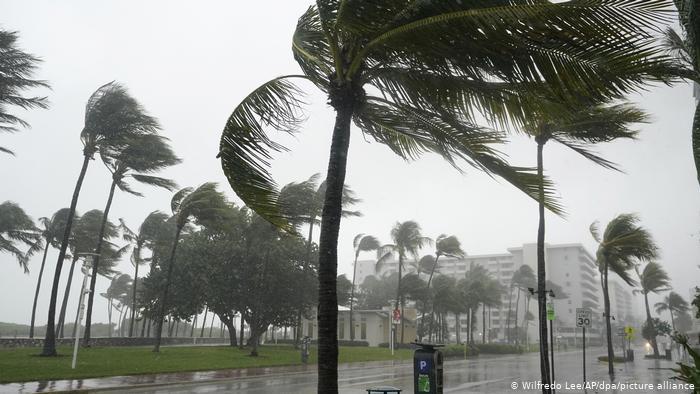 Desde las 5:00 pm de hoy autoridades decretan toque de queda absoluto en la ciudad de La Ceiba por llegada de Iota