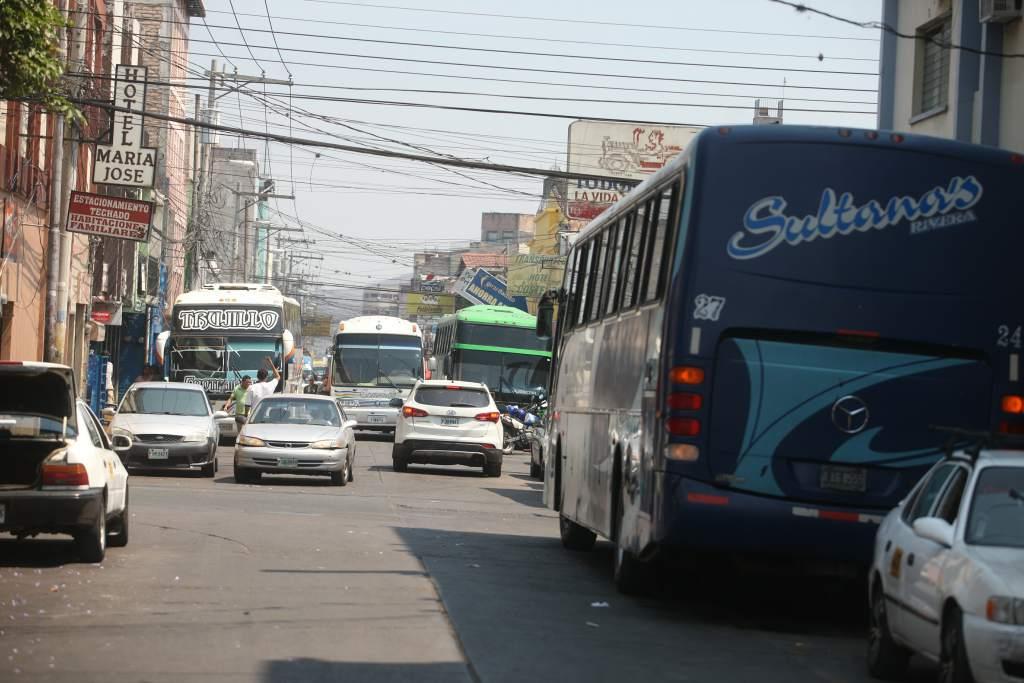 Autoridades del IHTT recomiendan suspender  labores al transporte interurbano e internacional por Iota
