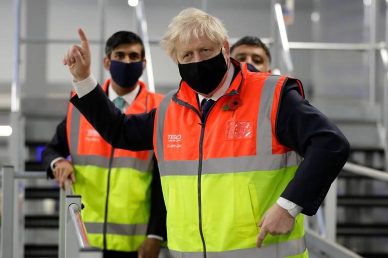 Gran Bretaña, se convierte en el quinto país en superar 50,000 muertes por COVID