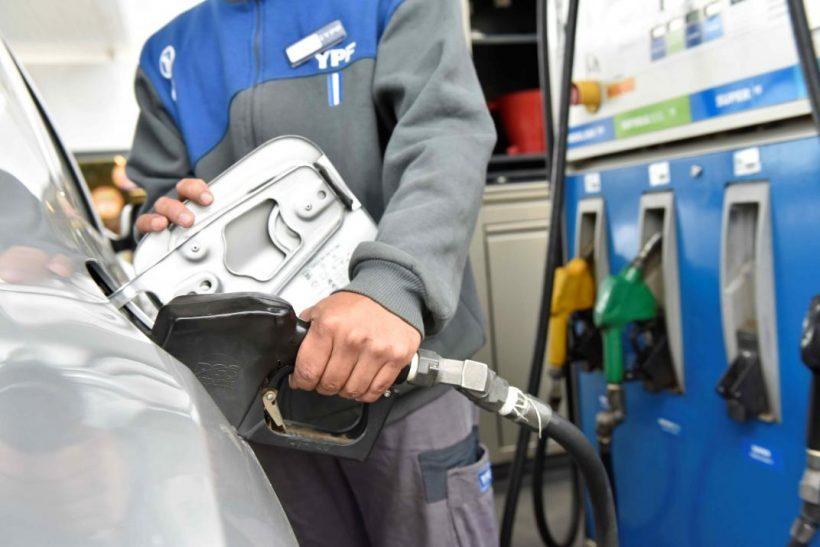 Descartan desabastecimiento de combustibles en el país ante desastres naturales