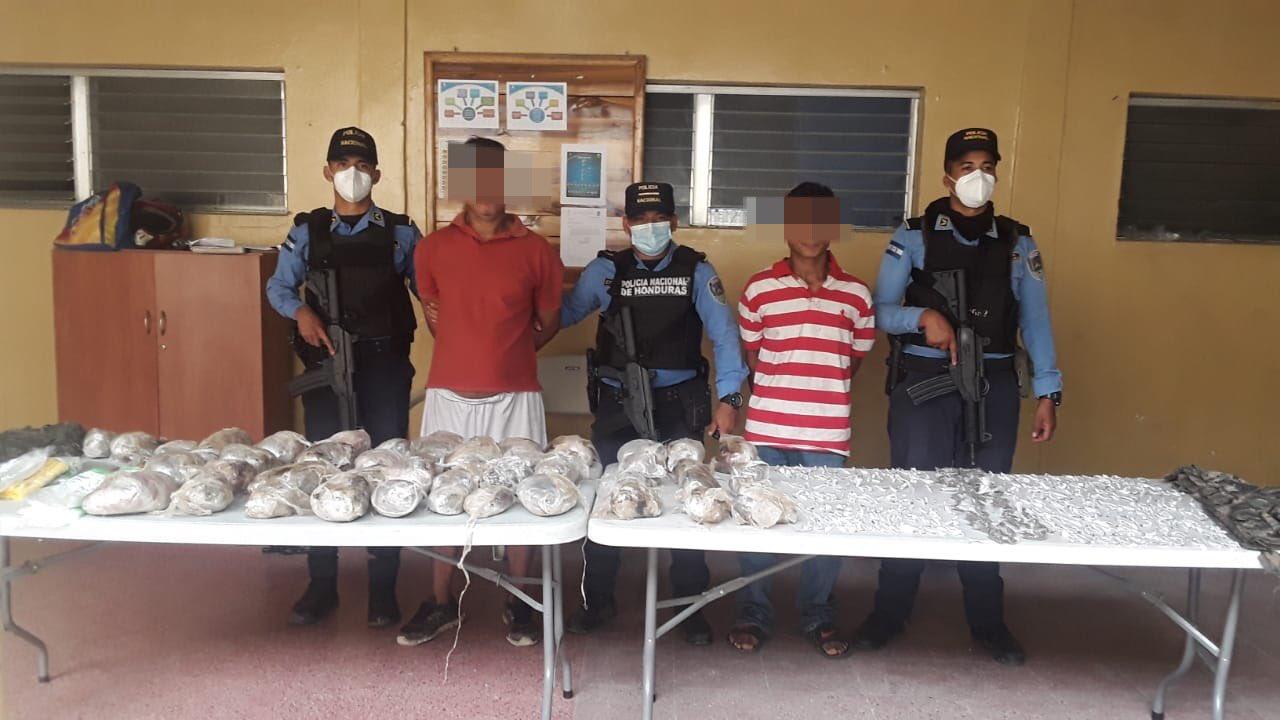 Dos sujetos detenidos en posesión de droga en Talanga