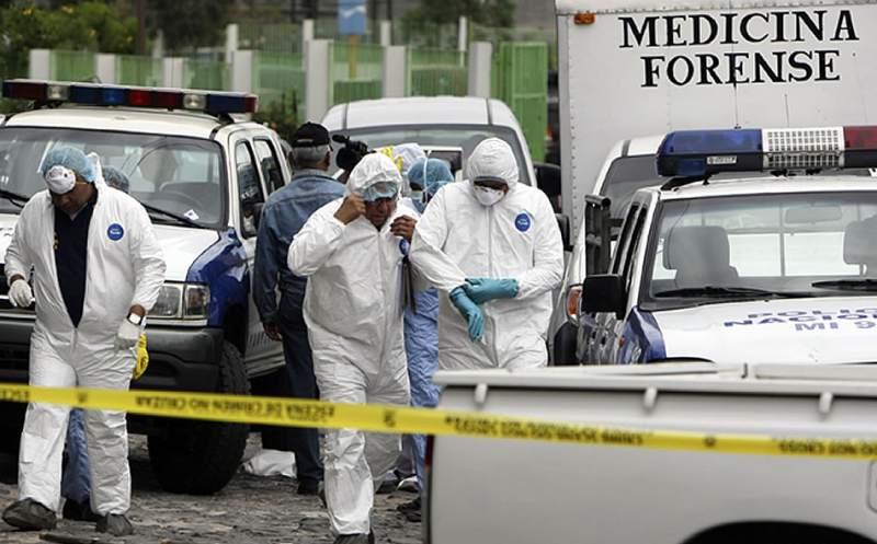 Con el fin de realizar levantamientos cadavéricos luego de inundaciones dos equipos forenses se trasladan a SPS