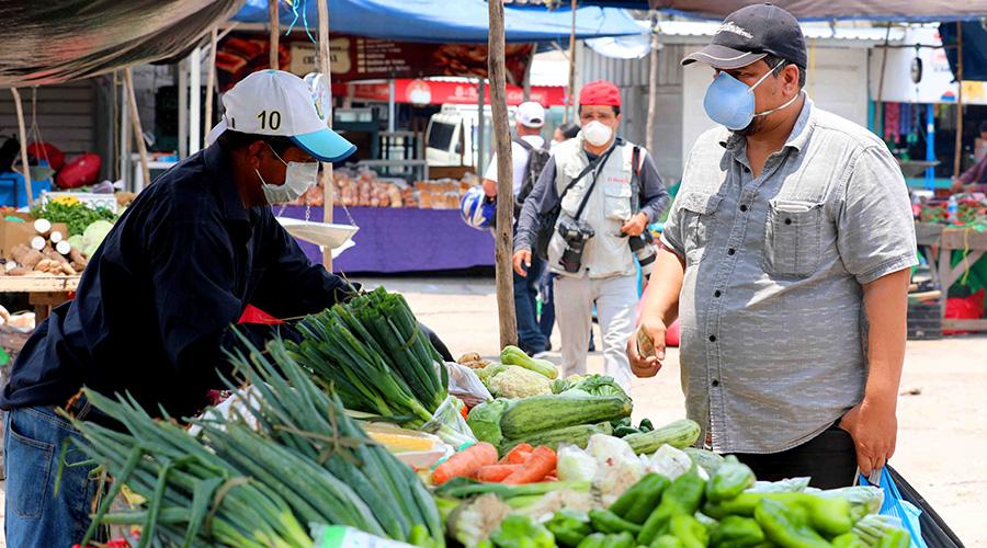 Julián Banegas: «En la Feria del Agricultor seguimos teniendo los mismos precios»