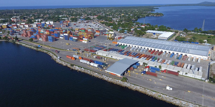 Administración Aduanera de Honduras anuncia cierre de operaciones por «Eta»