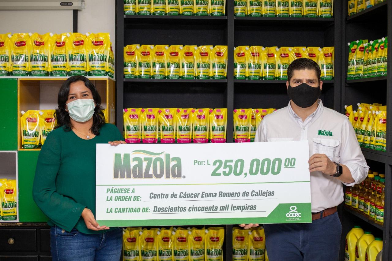 Mazola realiza importante donativo para la lucha contra el cáncer en Honduras
