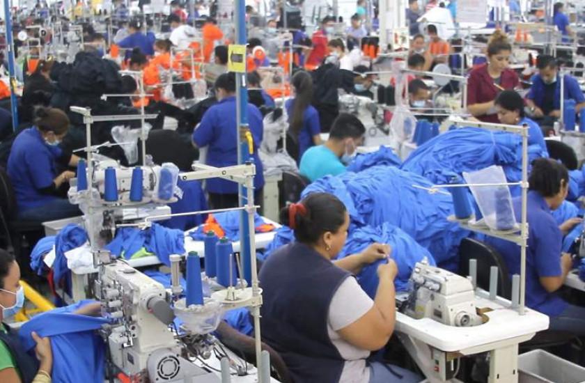 Menotti Maradiaga: «Entre 50 y 100 mil empleos podrían perderse por el paso de Eta»