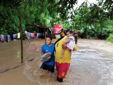 Ministro de Copeco: Unas 360,000 personas han sido afectadas por la depresión tropical Eta