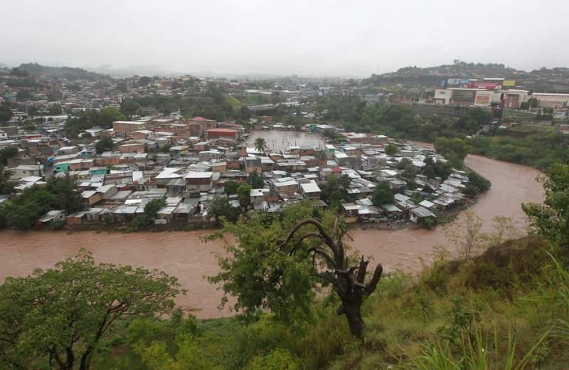 Jefe de alerta temprana : » Las zonas bajas de Choluteca presentarán en las próximas horas inundaciones»