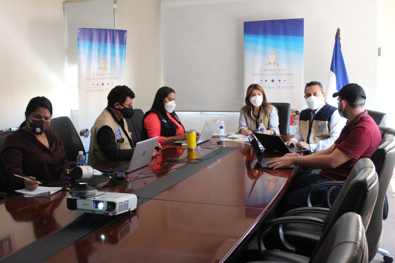 Presentan situación epidemiológica y plan de acción a la mesa de cooperantes en Salud