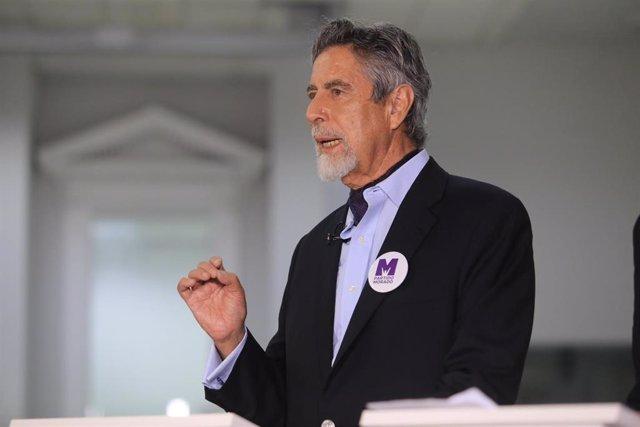 El Congreso de Perú elige a Francisco Sagasti como nuevo presidente interino del país