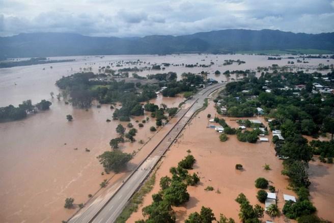 Presidente Hernández presenta Plan de Reconstrucción Sostenible de Honduras  tras desastres por tormentas - STN HONDURAS