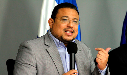 Omar Rivera: Bienvenido todo lo encaminado a crear transparencia en el país