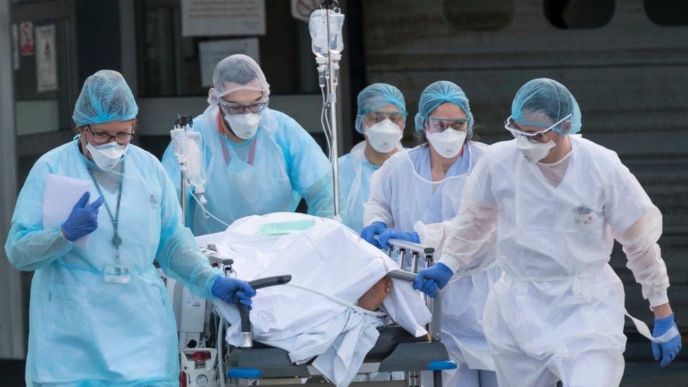 La pandemia ha provocado más de 1,7 millones de muertes en el mundo