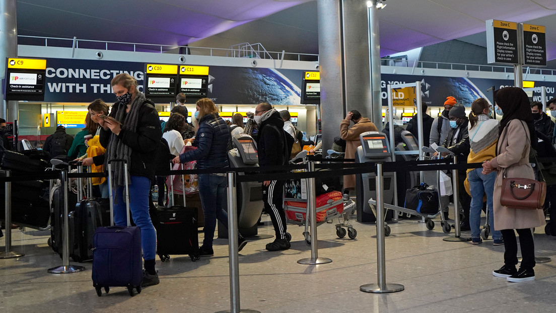 España suspende los vuelos procedentes del Reino Unido por la nueva cepa de coronavirus