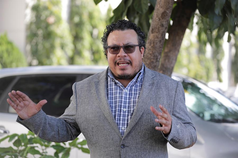 Sociólogo  Eugenio Sosa: «El Covid-19, Eta e Iota fueron el tiro de gracia»