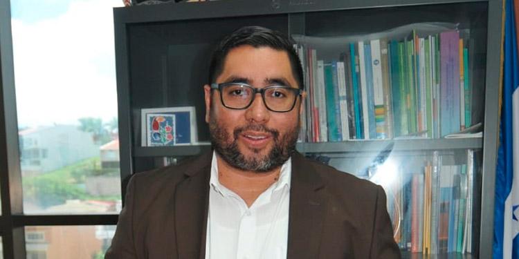 Luis León: Inhabilitar precandidatos con problemas legales generaría confianza en el CNE