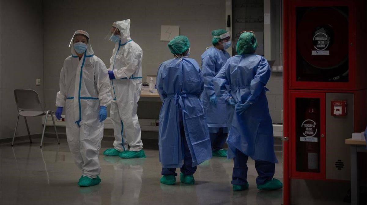 La OMS convocará a una reunión de sus miembros para responder ante la nueva variante del coronavirus