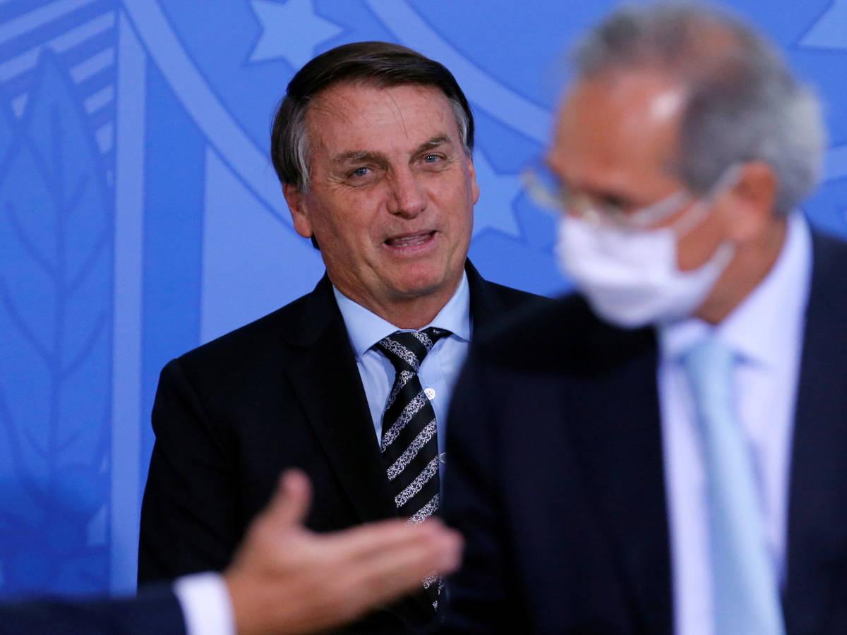 Bolsonaro: «Vacuna contra Covid-19 estará disponible en Brasil cinco días después de su aprobación»