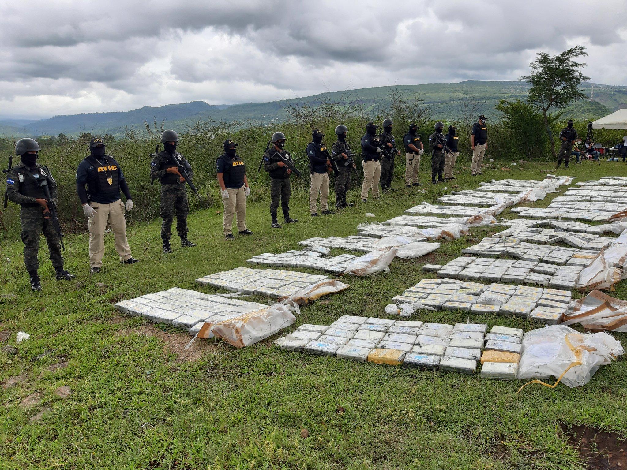 Acciones de FESCCO y ATIC permitieron incautar casi 3 toneladas de cocaína en 2020