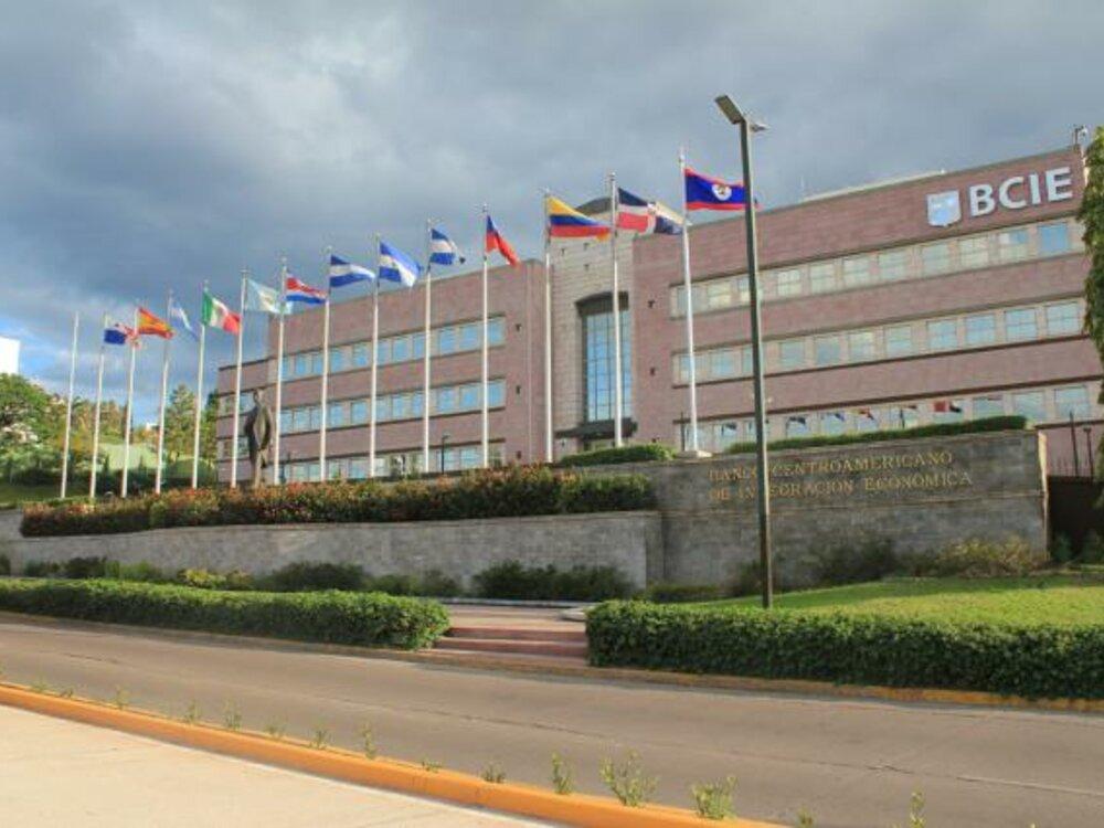 BCIE tiene en cartera $800 millones para Honduras: Dante Mossi