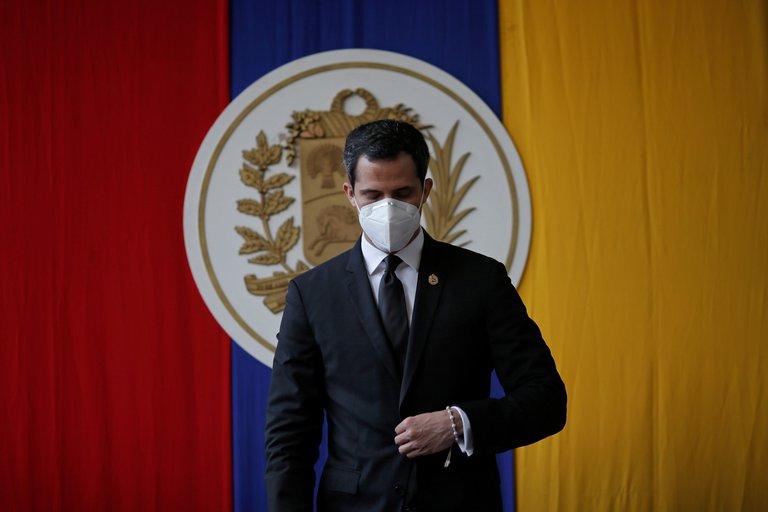 Parlamento venezolano extendió por un año sus funciones y renovó la presidencia de Juan Guaidó