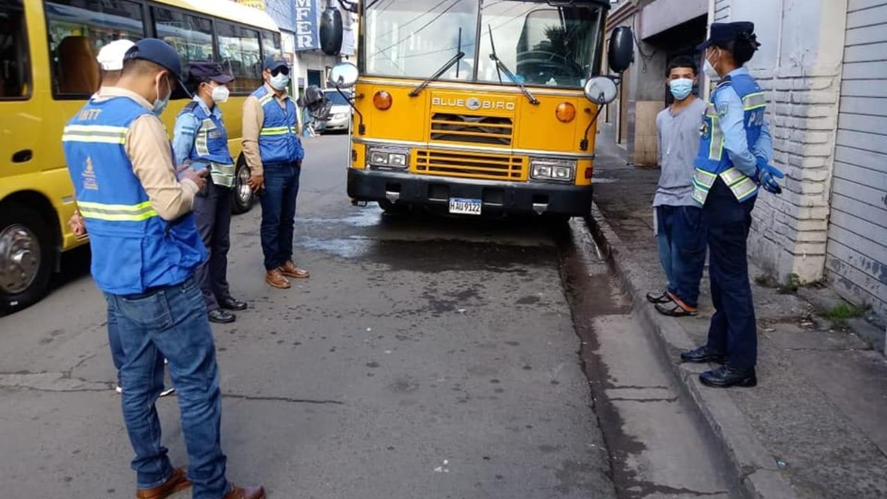 Subinspector IHTT:  Más de 900 unidades de transporte han sido sancionadas por  incumplir   medidas de bioseguridad