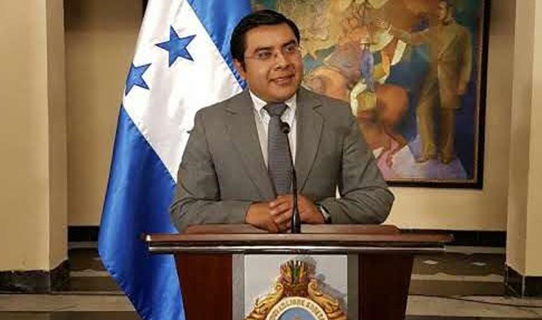 Ministro de Trabajo: «Estamos en el proceso para instalar la comisión negociadora del salario mínimo antes que culmine el año»