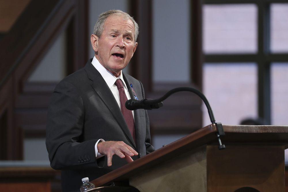 George W Bush califica como algo propio de una «república bananera», el asalto al Capitolio