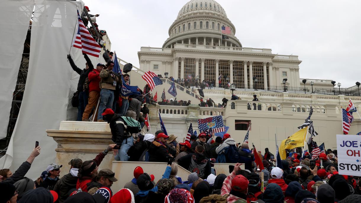 Toque de queda en los EEUU debido a los disturbios