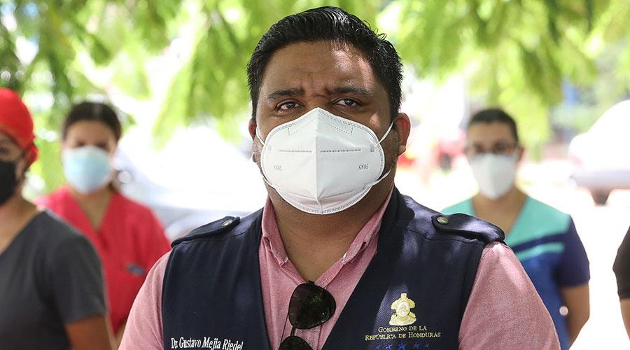 """Gustavo Riedel: Campaña """"Todos Contra el COVID-19"""" es para evitar saturación en los hospitales"""